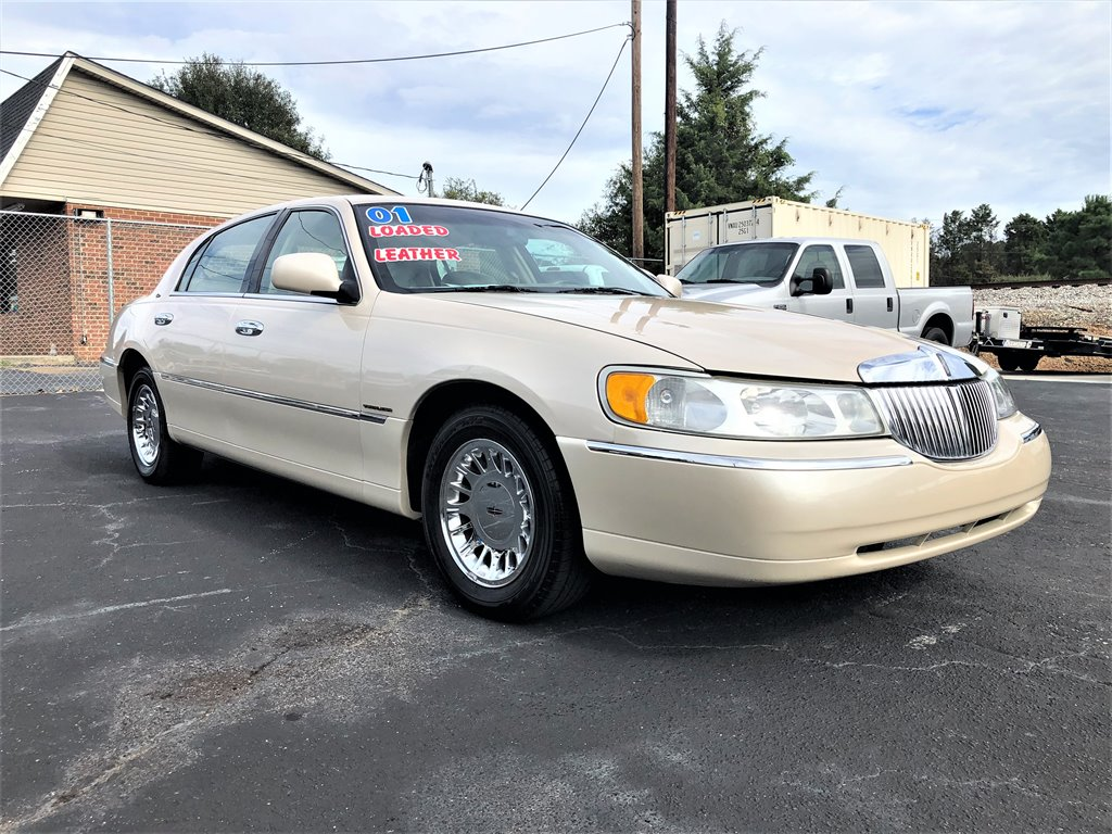 2001 Lincoln Town Car 1364 D Carlot Used Cars For Sale